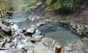 Hilangkan Penat, dengan Berendam di 3 Tempat Wisata Pemandian Air Panas Berikut Ini