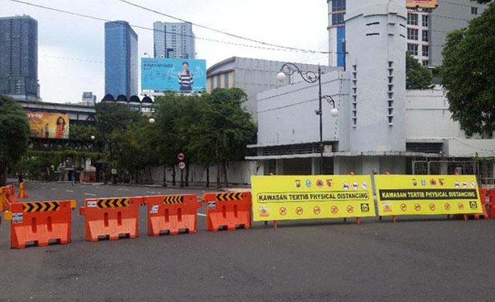 Ilustrasi penutupan jalan di Surabaya