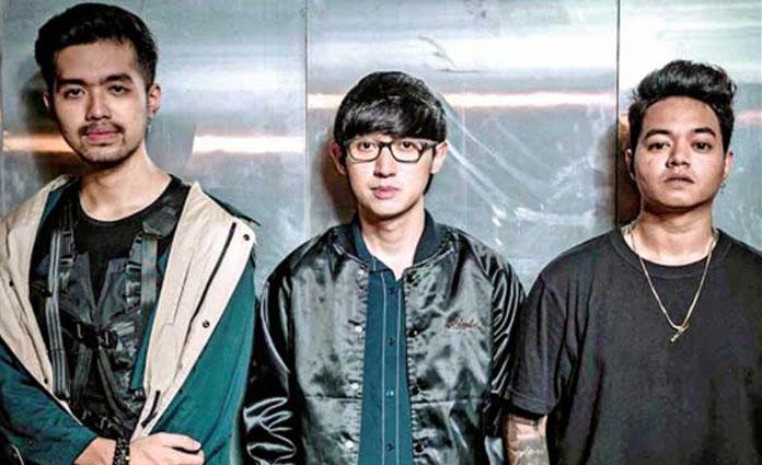 Personel Weird Genius (dari kanan ke kiri) yakni Reza Oktovian, Eka Gustiwana, dan Gerald Liu